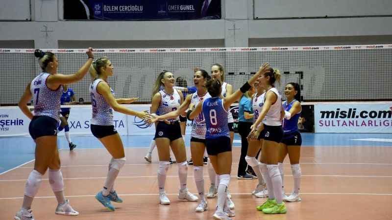 Aydın'ın Sultanları Balkan Kupası'na harika başladı