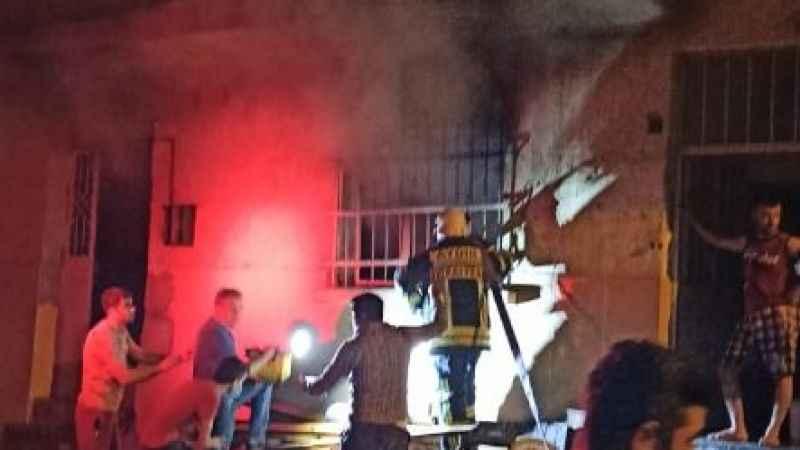 Buharkent'te ev yangını