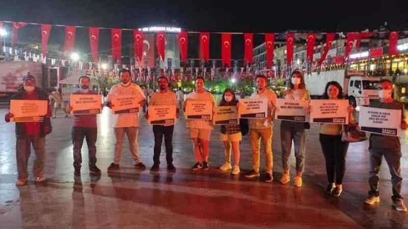 CHP'li gençler, üniversitelilerin barınma sorununa dikkat çekti