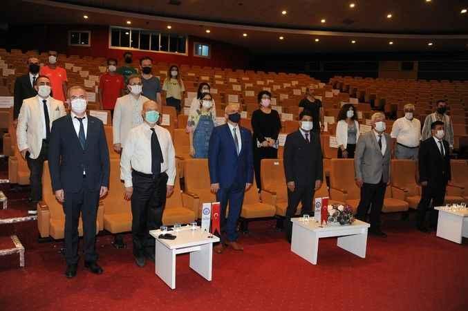Merhum Başvekil Adnan Menderes panelde anıldı