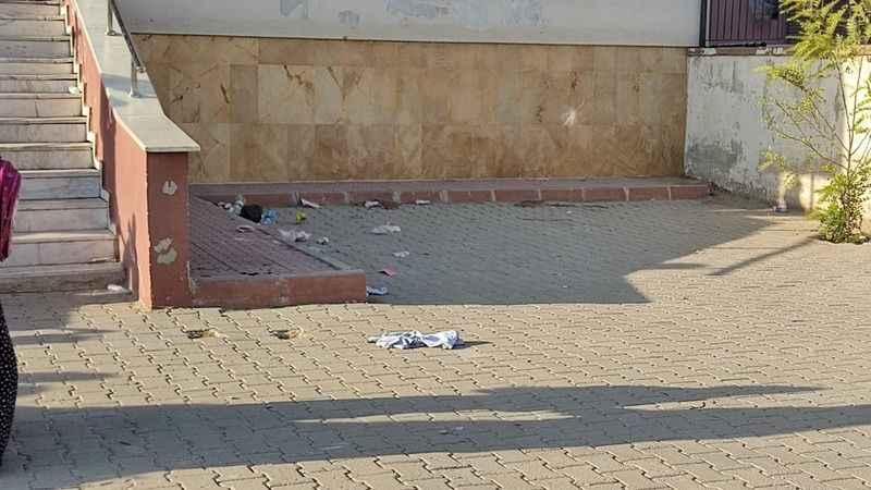 Okul, çöplüğe döndü