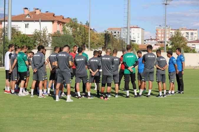 Naz-Naz, Zonguldak maçının hazırlıklarına başladı