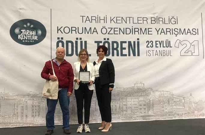 TKB'den Kuşadası Belediyesi'ne 'başarı' ödülü