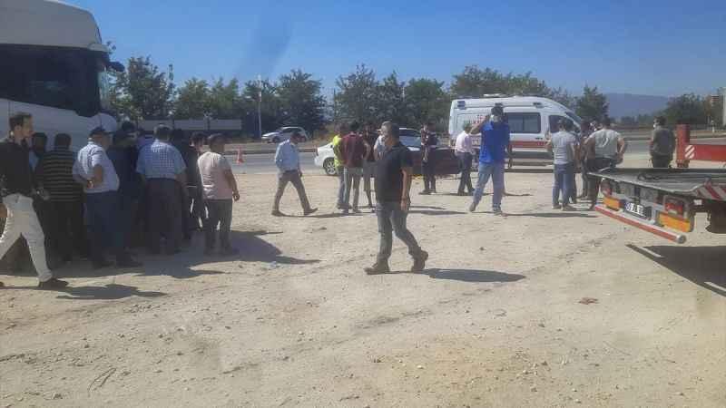 Aydın'da iki otomobilin çarptığı kişi öldü