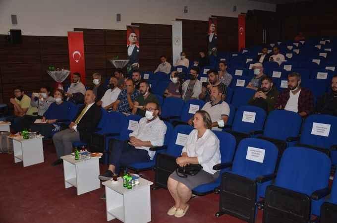 Aydın'da deve sütü üretimini artırmaya yönelik eğitim verildi