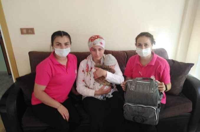 'Hoş Geldin Bebek' çantaları ailelere dağıtılmaya başlandı