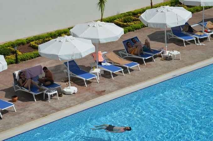 Tatil hayali kuranlara kopya sitelerle vurgun, otelcileri mağdur ediyor