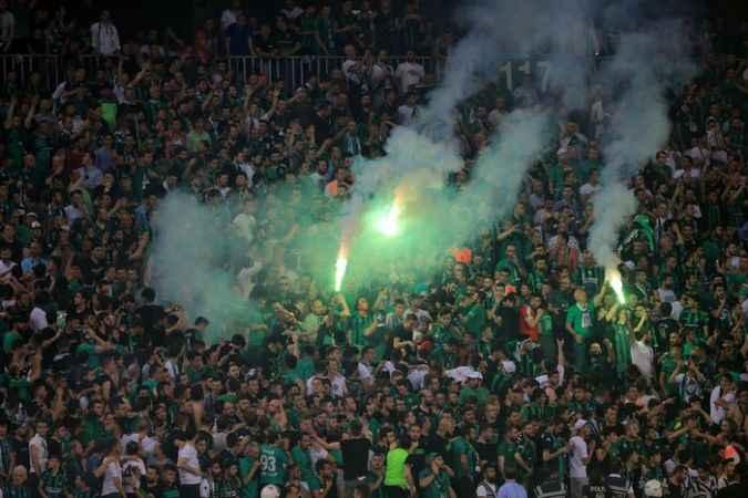 Sakaryaspor - Karagümrük maçında inanılmaz atmosfer
