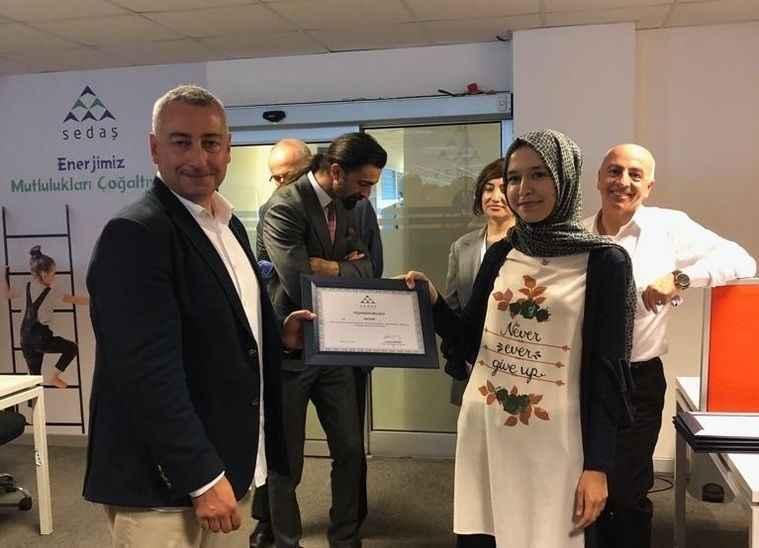 SEDAŞ çağrı merkezi çalışanları ödüllerini aldı