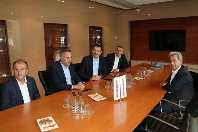 AK Parti Genel Başkan Yardımcısı Yavuz, Sakarya'da