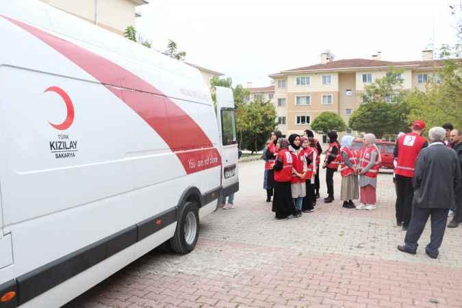 """Kızılay """"Hilal Olsun Türkiye"""" kampanyası"""