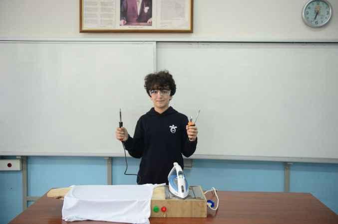 """Ortaokul öğrencisi """"Akıllı Ütü Masası"""" projesiyle finalist oldu"""
