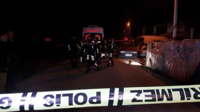 Evinin önünde ölü bulunan şahsın dini nikahlı eşi ve üvey oğlu tutuklandı