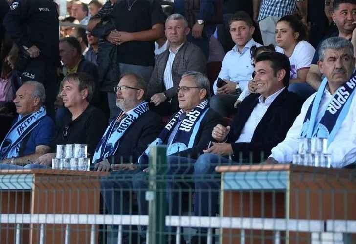Kütahya belediye başkanı maç için Pamukova'ya geliyor