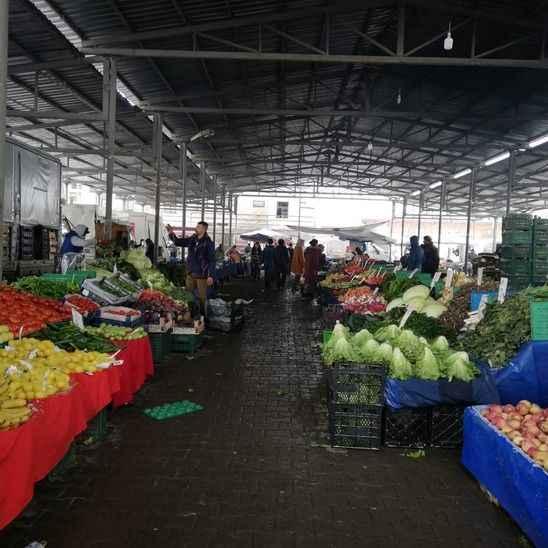 Kar taraklı pazarını vurdu