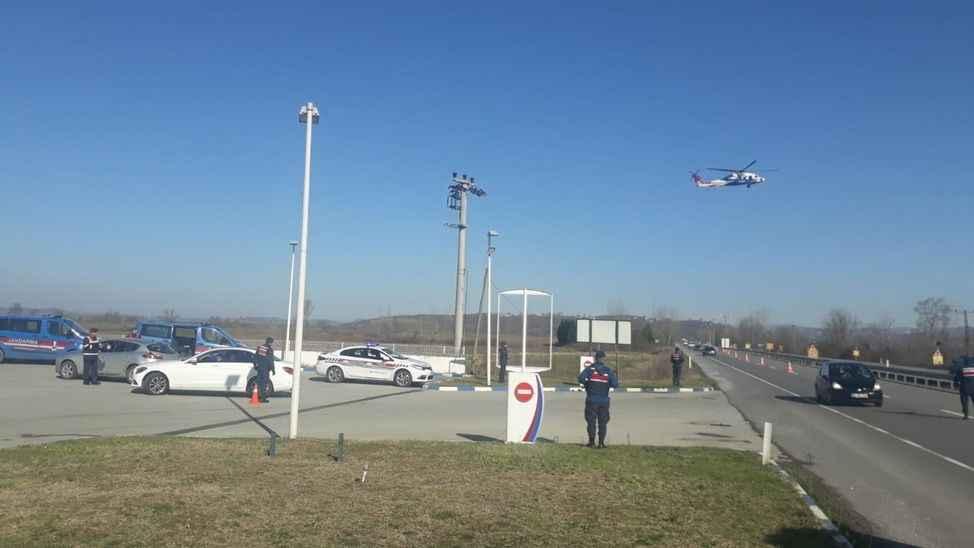 Jandarmanın helikopter destekli trafik denetimlerine devam ediyor