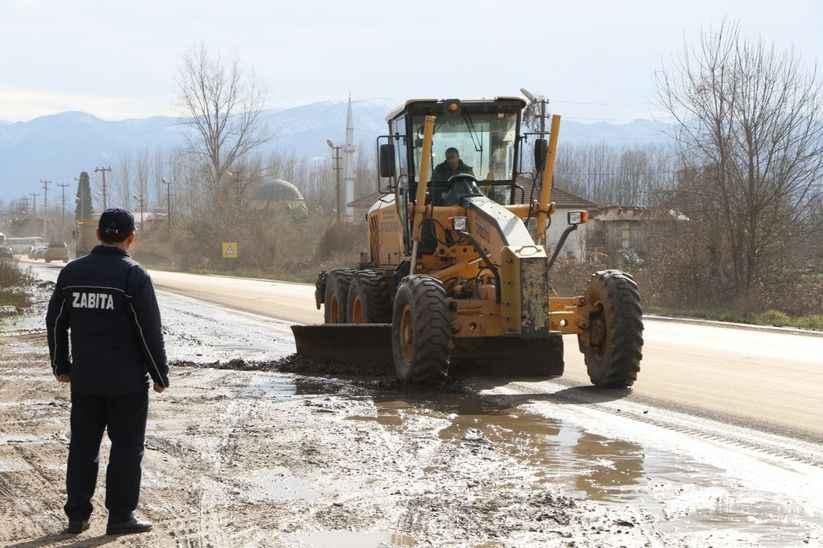 Akyazı Ormanköy yolunu kullanacak sürücüler dikkat!