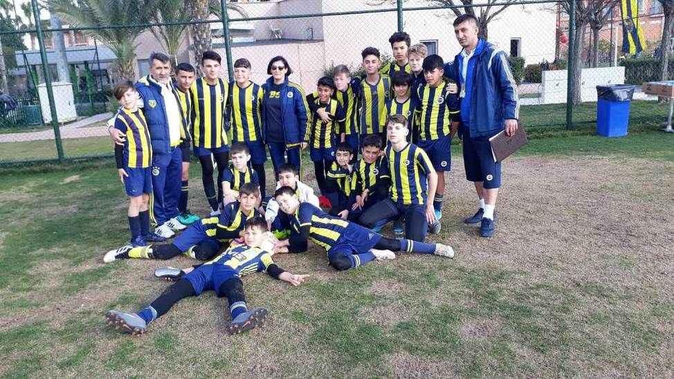 Futbol Okulları arasındaki turnuvada şampiyon Hendek oldu