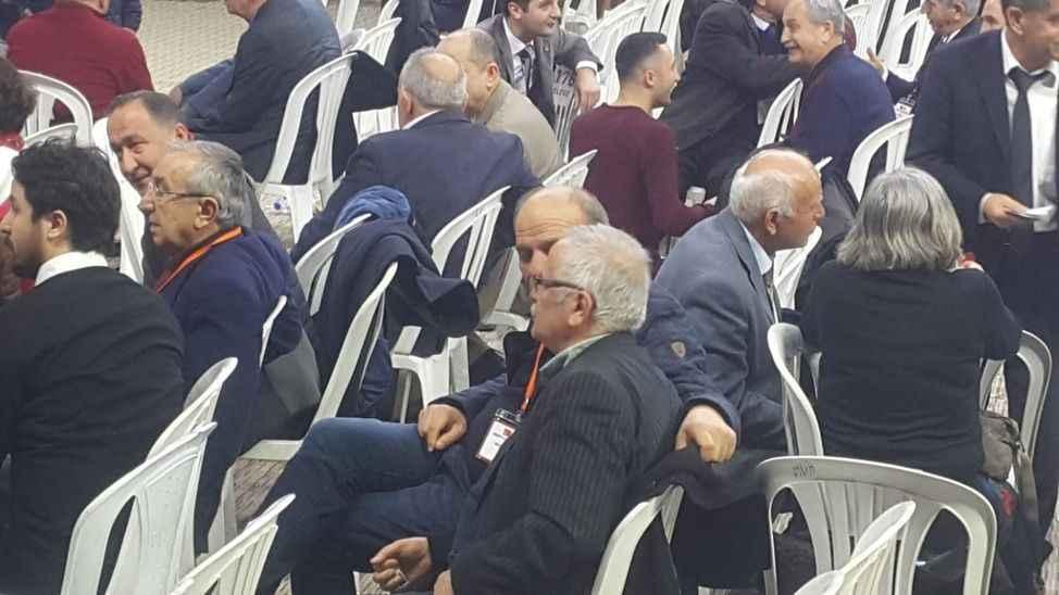 CHP'de delegelerin yaş ortalaması kaç?