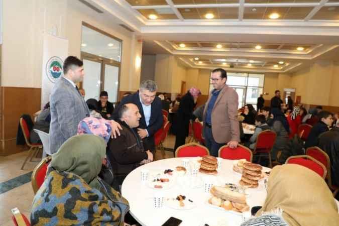 Dilovası Sakaryalılar Derneği Başkan Şayir'i konuk etti