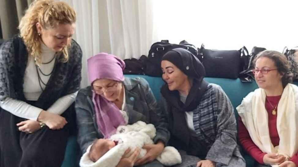 İyi Partili kadınlar Uzay Asaf bebeğin mevlidini yaptılar