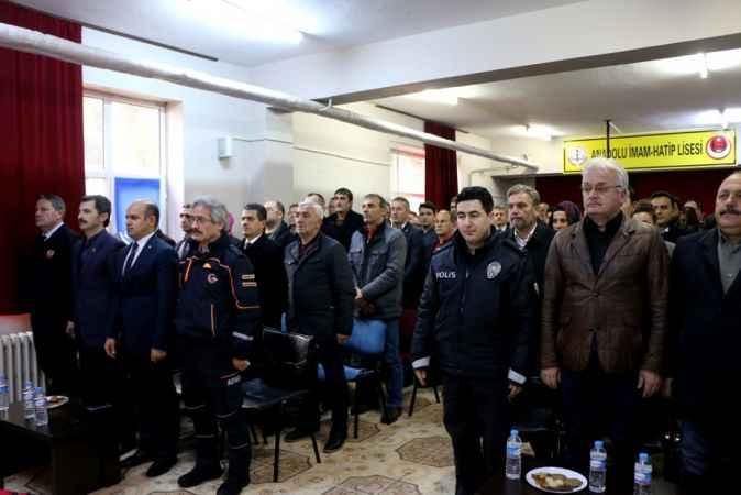 Sakarya'da kaymakamlık ve belediyeler afet konusunda bilgilendiriliyor