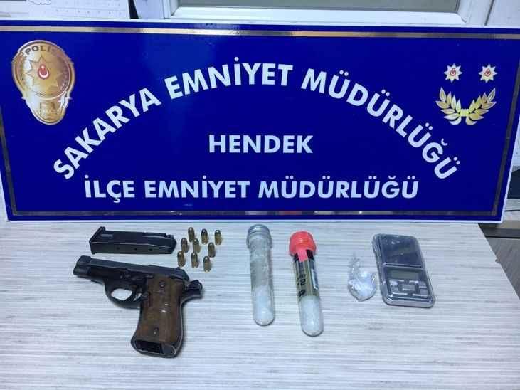 Hendek Emniyet'inden uyuşturucu operasyonu