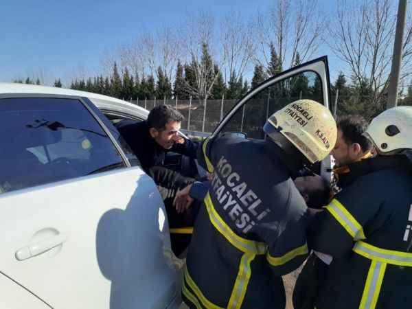 Fenalık geçiren sürücü TEM'in ortasında ölümden döndü