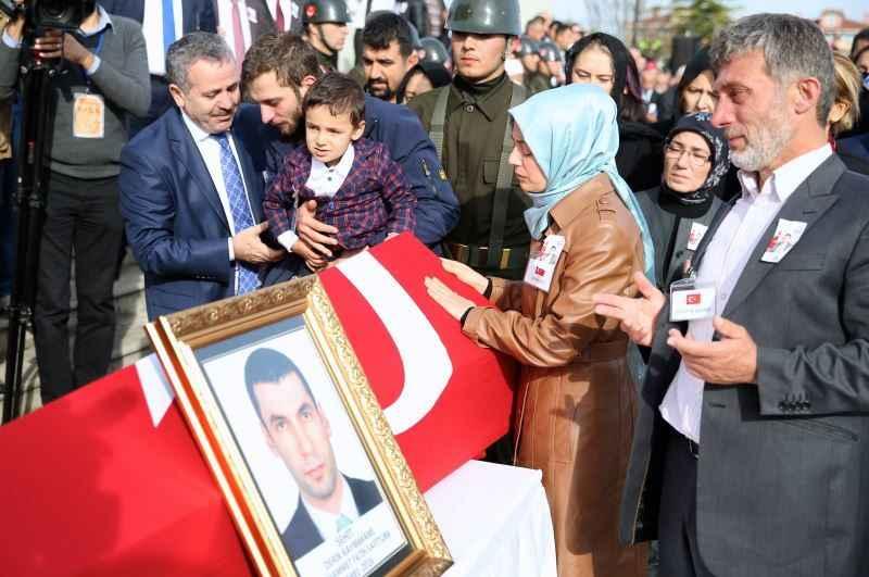 Kaymakam Safitürk'ün şehit edilmesi ile ilgili ailesi o ismi işaret etti !