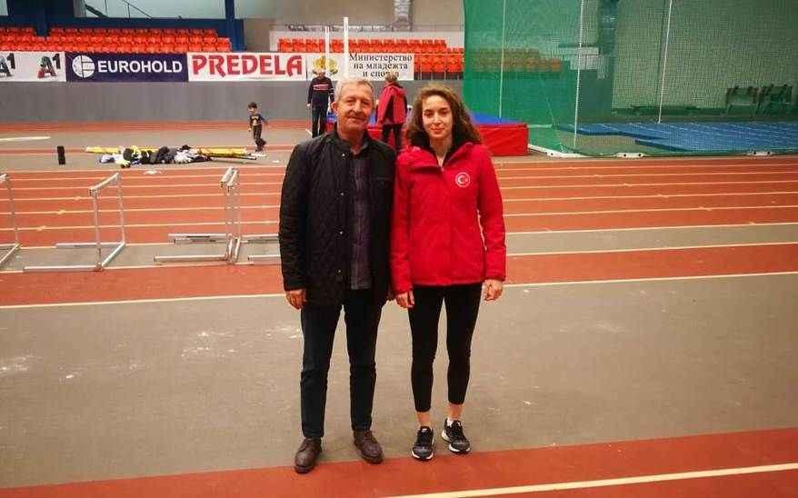 Kırdemir Bulgaristan'dan birinci döndü