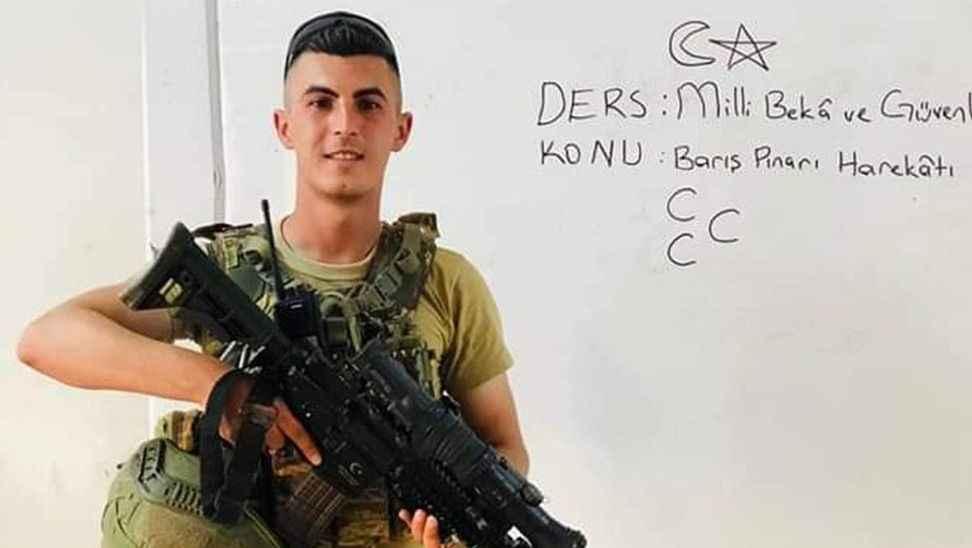 33 Askerin şehit düştüğü o saldırıda göçük altında kalmış
