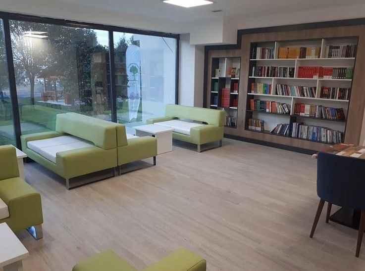 Serdivan Gençlik Merkezi Kitap Kafe açıldı