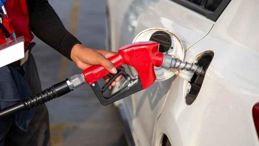 Benzin ve motorine vergi zammı geldi