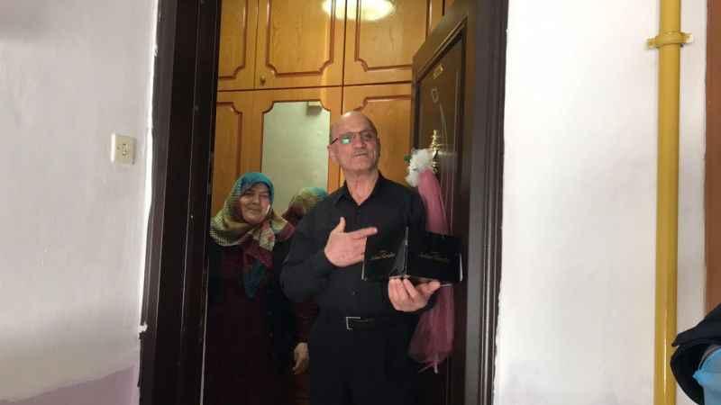 Sakarya'da belediye ekiplerinden doğum günü ve evlilik yıl dönümü sürprizi