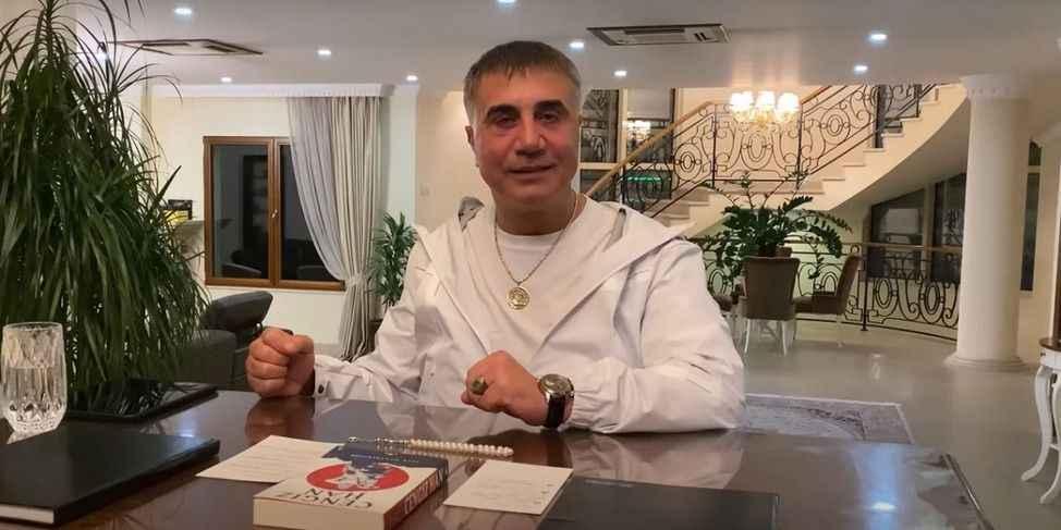 Sedat Peker'in Bayram Mesajı: 'Cumhurbaşkanımız ve Devlet Abinin... Koronavirüs Tabiatın İntikamı!'