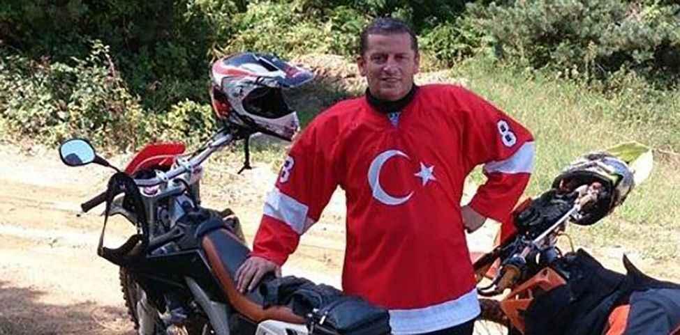 Motosikletiyle geziyordu Ormanlık alanda kalbine yenildi
