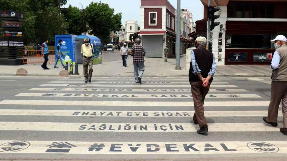 Prof. Dr. Tevfik Özlü'den 65 yaş açıklaması
