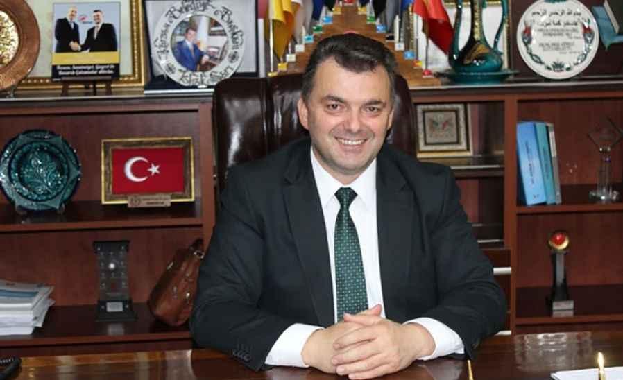 Belediye Başkanı olduğu belediyeyi  Ak Parti ilçe başkanı iken icraya vermiş!