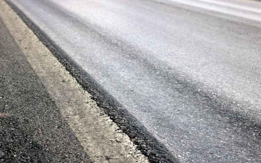 Sakarya-Bilecik kara yolunda oluşan çökmeler tehlike saçıyor