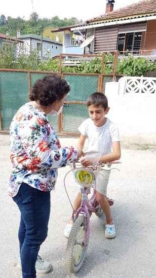 CHP'li kadınlar çocukları mutlu etti