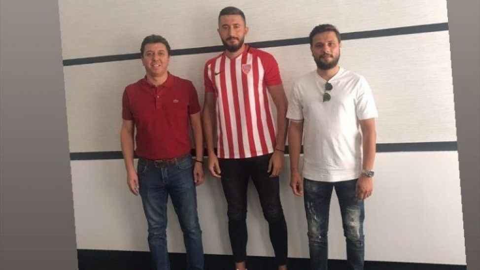 Genç forvet Nevşehir Belediyespor ile anlaştı