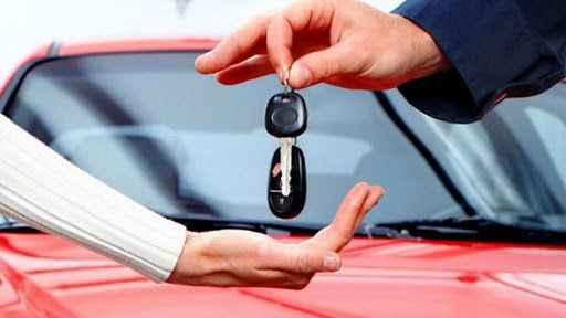 İkinci el otomobil fiyatlarına yeni zam