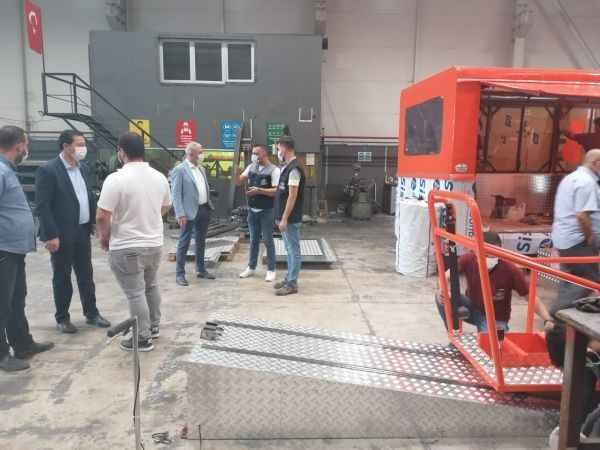 Sakarya'da bir firma yerli emniyet kemeri simülatörü üretti