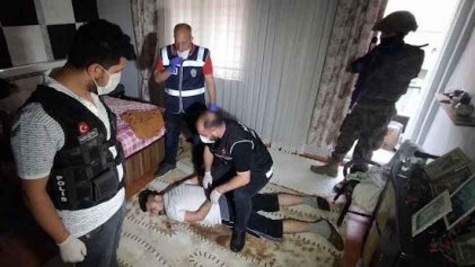 Suçlular polisten kaçamadı: 987 gözaltı, 105 tutuklama