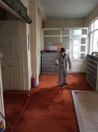 Söğütlü'de camiler ve iş yerleri dezenfekte edildi