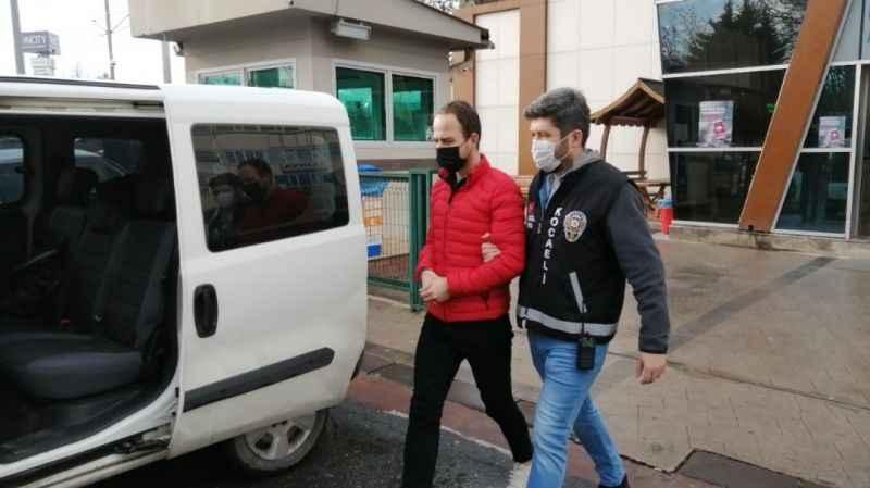 Sahte avukat duruşmaya girmek isterken yakalandı