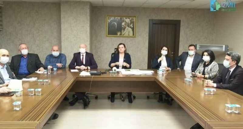 İzmit Belediye Başkanı Hürriyet: 'Sakarya'dan bizim ilçemize sokak köpekleri bırakılıyor'