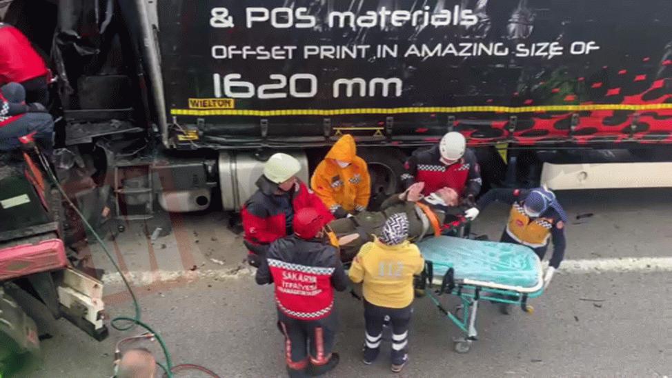 Yaralı olarak kurtarılan Polonyalı şoför itfaiyecilere dua etti
