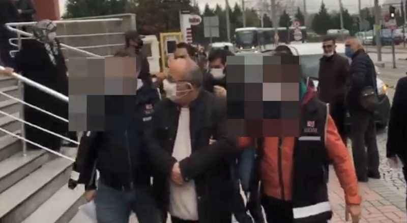 Sahte para ile alışveriş yapan 2 dolandırıcı Kocaeli'de yakalandı