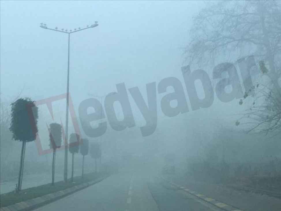 Şehir güne sisle uyandı...